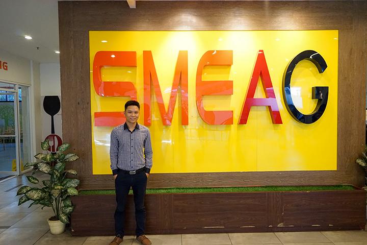 Anh Nguyễn Đăng Hiển trong một lần đến SMEAG học trải nghiệm tiếng Anh