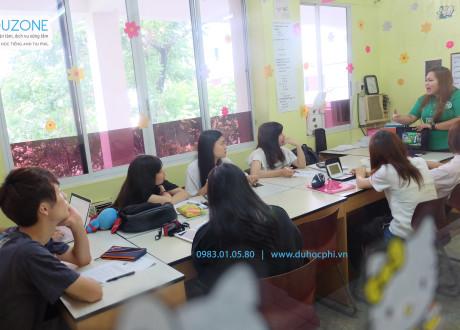 Khóa học IELTS tại trường UV ESL