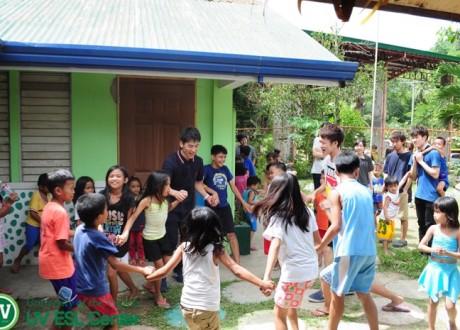 Chuyến đi tình nguyện của học viên trường Anh ngữ UV ESL, Cebu, Philippines