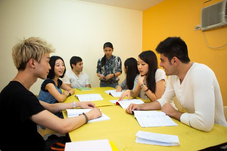 Group_Class-esl-course
