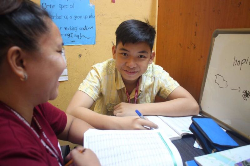 Bill trong giờ học 1:1 với giáo viên Philippines