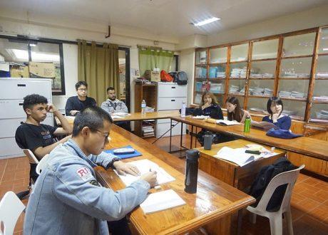 Khóa Business (tiếng Anh thương mại) – Trường Anh ngữ Monol